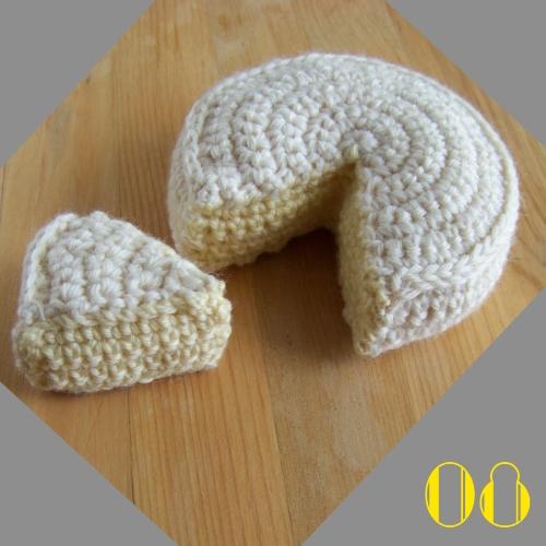 still vauriens tuto la dinette en crochet 08 le camembert. Black Bedroom Furniture Sets. Home Design Ideas