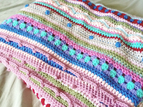 still vauriens couverture au crochet as we go stripey blanket 01. Black Bedroom Furniture Sets. Home Design Ideas